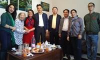 Đại sứ quán Việt Nam thăm hỏi cộng đồng người Việt tại Alger