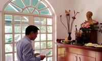 Đại sứ quán Việt Nam tại Venezuela dâng hương nhân ngày Giỗ tổ Hùng Vương