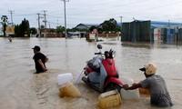 Thủ tướng Việt Nam điện thăm hỏi tình hình mưa lũ ở Campuchia