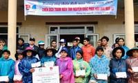 Sinh viên Việt Nam tại Hàn Quốc quyên góp, ủng hộ miền Trung