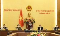 Ủy ban Thường vụ Quốc hội cho ý kiến Báo cáo công tác nhiệm kỳ của Chính phủ