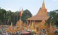 Hỗ trợ hơn 2.300 hộ đồng bào Khmer nghèo đón Tết cổ truyền Chôl Chhnăm Thmây