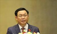Chủ tịch Nhân đại Trung Quốc chúc mừng Chủ tịch Quốc hội Việt Nam Vương Đình Huệ
