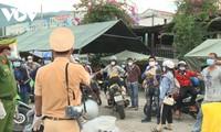 Thừa Thiên Huế: Tiếp sức cho bà con trên hành trình về quê