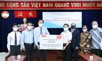 Doanh nghiệp và cộng đồng người nước ngoài tại Thành phố Hồ Chí Minh ủng hộ công tác phòng dịch COVID-19