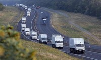 Россия продолжает отправлять гуманитарные конвои на восток Украины