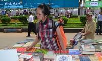 В Ханое открылся 2-й книжный фестиваль, приуроченный к Празнику книги