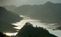 Долина Тхунгнай – залив Халонг посреди гор в Северо-Западном регионе Вьетнама