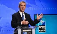 НАТО выступает за диалог с РФ