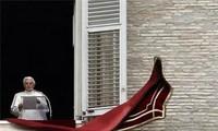 สมเด็จพระสันตะปาปาเบเนดิกต์ที่ ๑๖ทรงปรากฏพระองค์เป็นครั้งสุดท้ายก่อนที่จะทรงสละจากตำแหน่ง