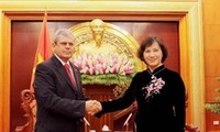 ผลักดันการแลกเปลี่ยนและความร่วมมือระหว่างรัฐสภาเวียดนามกับคิวบา