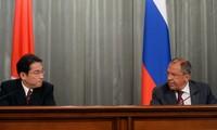 การเจรจาระหว่างรัสเซียกับญี่ปุ่น