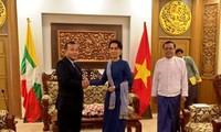 รัฐมนตรีต่างประเทศหวูห่งนามหารือกับกระทรวงการต่างประเทศพม่า