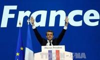 ฝรั่งเศสจะเดินพร้อมกับอียู