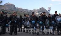 Kekhawatiran tentang terorisme pada bulan Ramadhan membebani Eropa