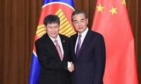จีนและอาเซียนมุ่งสู่ประชาคมที่ใกล้ชิดกันมากขึ้น