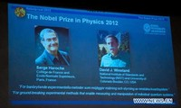 French, U.S. scientists share 2012 Nobel Physics Prize