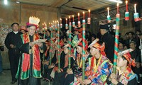 """Maturity"" ritual for boys of the Dao Khau"