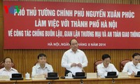Hanoi urged to crack down on trade fraud, ensure traffic safety