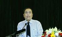 Vietnam Fatherland Front leader meets top legislator of Laos