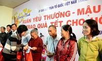 Da Nang brings happy Tet to disadvantaged kids