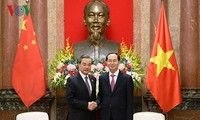 President Tran Dai Quang receives Chinese Foreign Minister Wang Yi