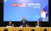 PM inspects preparation for DPRK-USA summit in Hanoi