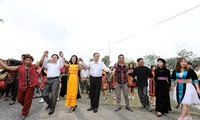 National unity strengthened as Government leaders join Khmer New Year festival