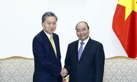 PM receives President of East Asian Community Institute of Japan