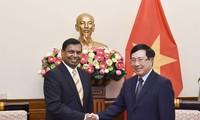 Deputy PM receives Sri Lanka ambassador