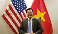 Vietnamese Embassy in US supports citizens