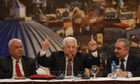 Abbas threatens to rip up accords with Israel and US if annexation plans proceed