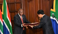 South African President hopes to strengthen ties with Vietnam