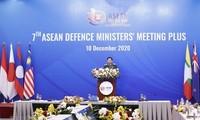 Vietnam hands over ADMM, ADMM+ Chairmanship to Brunei