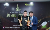Singer Tung Duong dominates 2021 Devotion Music Awards