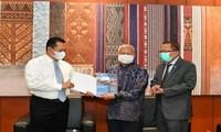 Indonesian Parliament praises Vietnam's fight against Covid-19