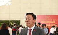 Party Congress delegates praise national development orientations