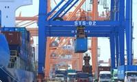 Vietnam racks up 1.29 billion USD in trade surplus in two months