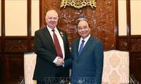 President Nguyen Xuan Phuc receives Russian Ambassador