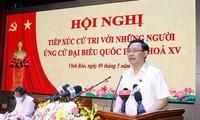 Top legislator meets voters in Hai Phong city