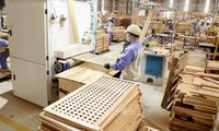 Vietnam, US reach agreement on timber trade control