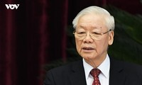 Party leader: Vietnam strives to contain pandemic to recover and grow