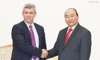 越南愿与古巴分享电信发展经验
