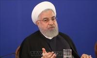 """伊朗总统鲁哈尼:美国若仍对伊朗实施制裁,谈判将""""毫无意义"""""""