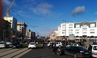 3 taken hostage in Paris suburb