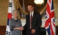 S. Korea, Britain discuss N. Korea, Brexit in ministerial talks