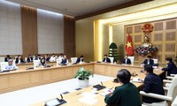 Vietnam seeks to prevent the spread of Covid-19 within communities