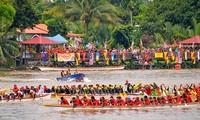 Indonesia's Bidar Boat Race