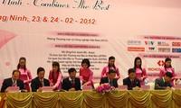 Resaltan éxito de conferencia de promoción inversionista Quang Ninh 2012