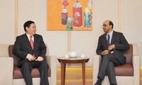 Vietnam y Singapur incrementan relaciones de cooperación económica